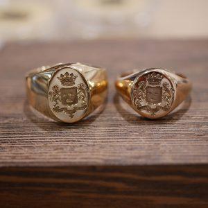 deux chevalieres jaune et rose